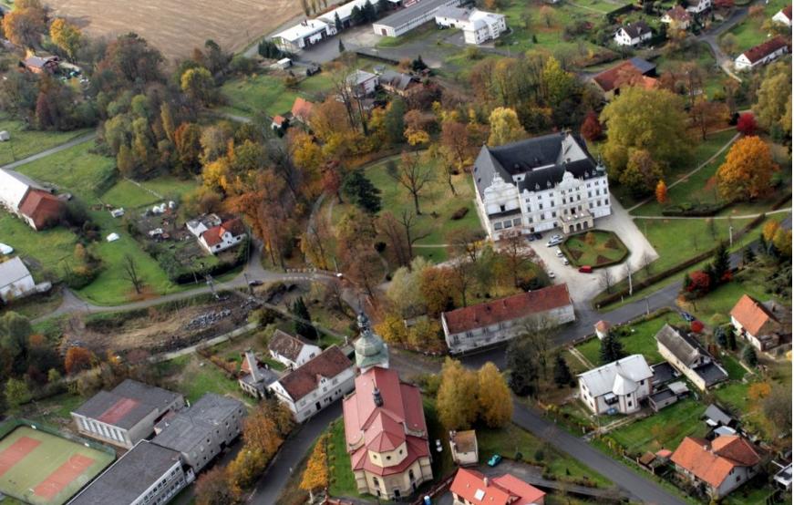 Zmeck naun stezka - Oficiln strnky obce Bartoovice
