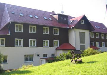 Hotel TATRA & SPA Velké Karlovice s.r.o.