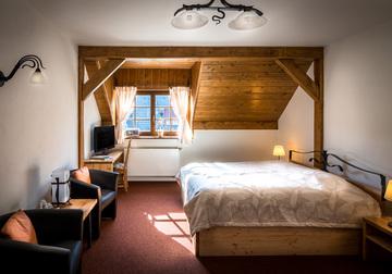 Holzberg ubytování a restaurace