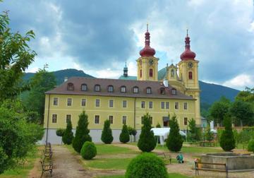 Klášter Hejnice, vzdělávací, konferenční a poutní dům