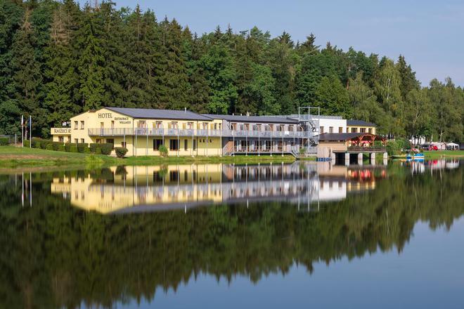 Resort Knížecí rybník foto 1