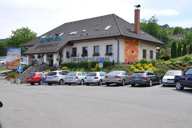 Restaurace a penzion U Johana foto 1