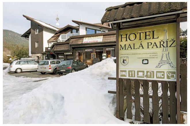 Hotel MALÁ PAŘÍŽ foto 1