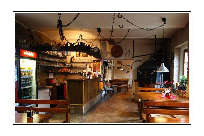 Restaurace na kovárně foto 1
