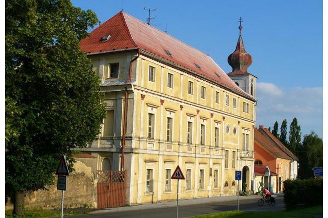 Image result for zámek trhanov